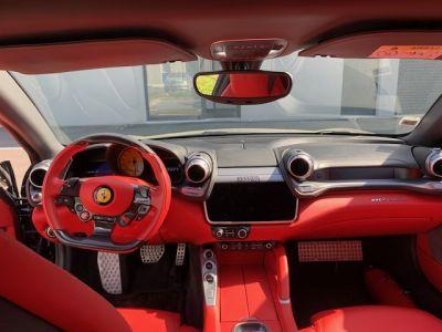 Ferrari GTC4 Lusso V12.6.0 690 CH - <small></small> 215.000 € <small>TTC</small>