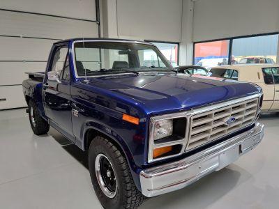 Ford F100 XLT 1982 - <small></small> 22.900 € <small>TTC</small> - #1