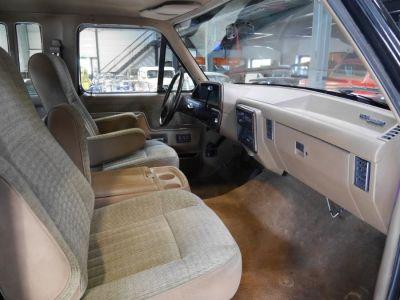 Ford F350 LARIAT - <small></small> 22.000 € <small>TTC</small>