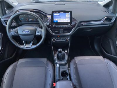 Ford Fiesta V 1.0 EcoBoost 100ch Stop&Start Vignale 5p - <small></small> 15.990 € <small>TTC</small> - #17