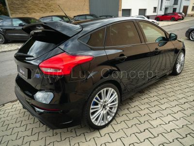Ford Focus RS 2.3 EcoBoost, Sièges baquets RECARO, Keyless, Navigation - <small></small> 29.990 € <small>TTC</small>