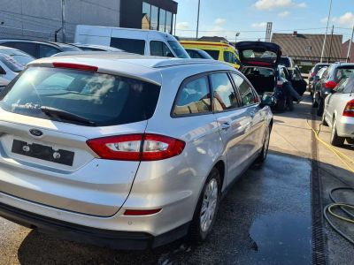 Ford Mondeo 2.0 TDCi Business Gps Ac Euro 6b - <small></small> 7.399 € <small>TTC</small> - #2