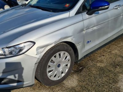 Ford Mondeo 2.0 TDCi Business Gps Ac Euro 6b - <small></small> 7.399 € <small>TTC</small> - #5