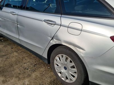Ford Mondeo 2.0 TDCi Business Gps Ac Euro 6b - <small></small> 7.399 € <small>TTC</small> - #11