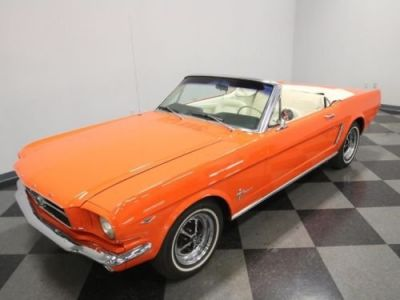 Ford Mustang 1965 - <small></small> 36.000 € <small>TTC</small>