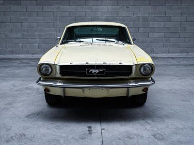 Ford Mustang FASTBACK 1965 PEINTURE D'ORIGINE - Prix sur Demande