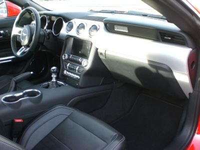 Ford Mustang v8 5.0 gt fastback 16200kms - <small></small> 40.900 € <small>TTC</small> - #3