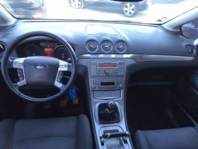 Ford S-MAX CONFORT - <small></small> 4.990 € <small>TTC</small>