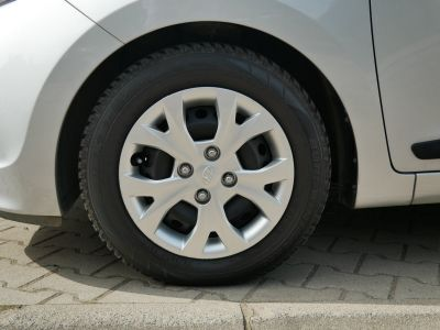 Hyundai i10 1.0i Pop/Trend, Climatisation, Bluetooth, Régulateur de vitesse - <small></small> 7.190 € <small>TTC</small> - #11