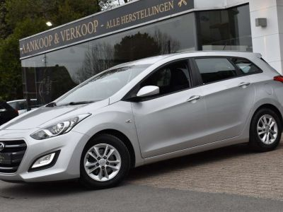 Hyundai i30 1.4 CRDi - <small></small> 7.650 € <small>TTC</small> - #1