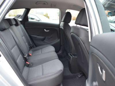 Hyundai i30 1.4 CRDi - <small></small> 7.650 € <small>TTC</small> - #6