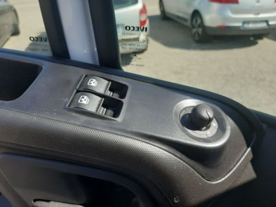 Iveco DAILY 35C14 BENNE + COFFRE 31900E HT - <small></small> 38.280 € <small>TTC</small> - #11