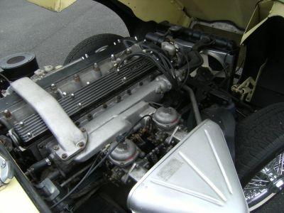 Jaguar E-Type 4.2 L Coupé 2+2 Série 2 - <small></small> 59.900 € <small>TTC</small> - #18