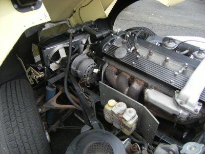 Jaguar E-Type 4.2 L Coupé 2+2 Série 2 - <small></small> 59.900 € <small>TTC</small> - #19