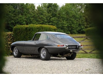 Jaguar E-Type Série 1 FHC «Flatfloor» 1961 - <small></small> 159.500 € <small>TTC</small> - #9