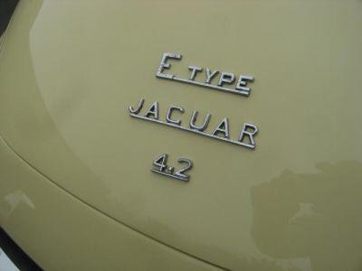 Jaguar E-Type TYPE E 4.2 L 2+2 SERIE 2 - <small></small> 59.900 € <small>TTC</small> - #8