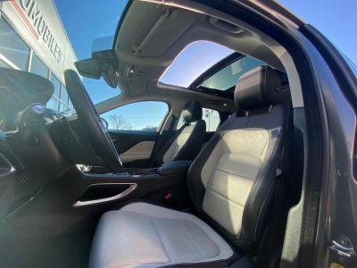 Jaguar F-Pace 2.0D 180CH R-SPORT 4X4 - <small></small> 33.480 € <small>TTC</small> - #20