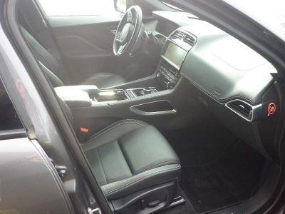 Jaguar F-Pace 2.0D 240ch Black Limited R-Sport AWD BVA8 - <small></small> 48.900 € <small>TTC</small> - #3