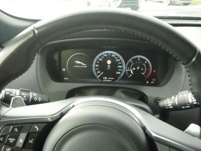 Jaguar F-Pace 2.0D 240ch Black Limited R-Sport AWD BVA8 - <small></small> 48.900 € <small>TTC</small> - #13