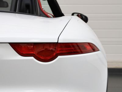 Jaguar F-Type F TYPE CABRIOLET 340 CH - <small></small> 47.900 € <small>TTC</small> - #24
