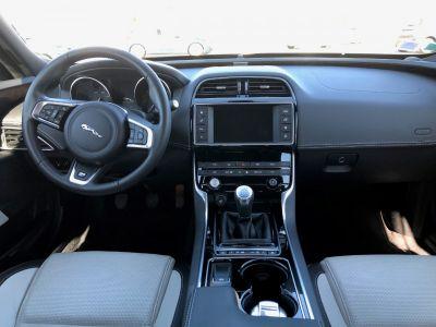 Jaguar XE 2.0D 180CH R-SPORT - <small></small> 29.700 € <small>TTC</small> - #14
