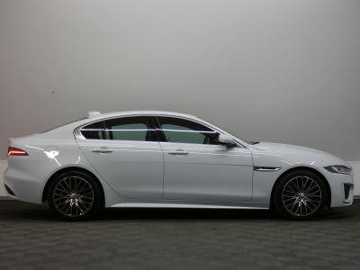 Jaguar XE D180 R-Dynamic S Auto - <small></small> 37.290 € <small>TTC</small> - #3