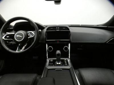 Jaguar XE R-Dynamic S RWD Auto - <small></small> 37.290 € <small>TTC</small> - #9