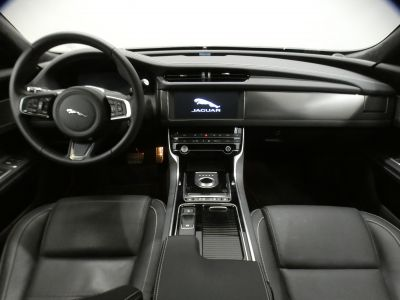 Jaguar XF D180 Chequered Flag - <small></small> 44.500 € <small>TTC</small> - #9
