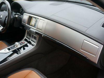 Jaguar XF Sportbrake 3.0 DA 240  LUXE PREMIUM (04/2014) - <small></small> 24.590 € <small>TTC</small>