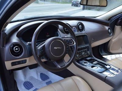 Jaguar XJ Jaguar XJ V6 3.0 D 275 ch 1 MAIN !!! - <small></small> 27.900 € <small>TTC</small>