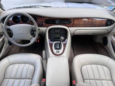 Jaguar XJ V8 SOVEREIGN A - <small></small> 29.990 € <small>TTC</small> - #17