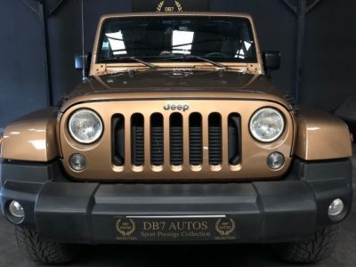 Jeep WRANGLER 2.8 CRD 200 SAHARA 1RE MAIN - <small></small> 32.990 € <small>TTC</small>