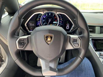 Lamborghini Aventador COUPE 6.5L V12 LP700-4 E-GEAR - <small></small> 255.000 € <small>TTC</small>