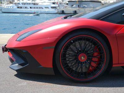 Lamborghini Aventador LP 740-4 SV - <small></small> 410.000 € <small>TTC</small>