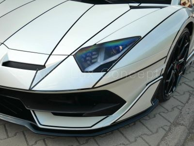 Lamborghini Aventador SVJ, Style Package, Carbone, Caméra, Sièges électriques - <small></small> 449.000 € <small>TTC</small>
