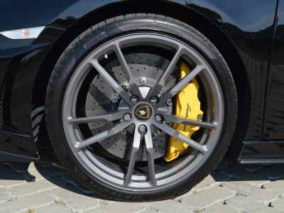 Lamborghini Gallardo Spyder PERFORMANTE 570 ch !!! 1 MAIN !!! 28.000 km !!! - <small></small> 141.900 € <small>TTC</small>