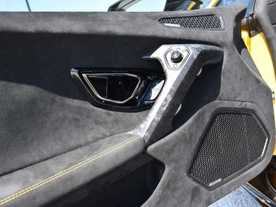 Lamborghini Huracan Huracán 5.2i V10 LP640-4 Performante - <small></small> 246.900 € <small>TTC</small> - #14