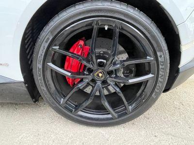 Lamborghini Huracan SPYDER LP 610-4 - <small>A partir de </small>1.970 EUR <small>/ mois</small> - #27