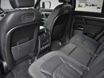 Land Rover Defender | 110 | 240D | S | SURROUND | CARPLAY - <small></small> 62.950 € <small>TTC</small> - #14