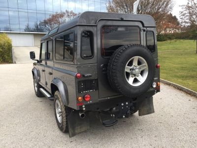 Land Rover Defender  110 TD4 SW Legend 7 places - <small></small> 48.900 € <small>TTC</small>