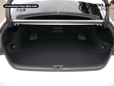 Lexus ES 300h F SPORT Executive - <small></small> 49.900 € <small>TTC</small>