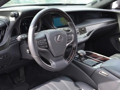 Lexus LS 500h 359ch Executive 4WD - <small></small> 79.000 € <small>TTC</small>