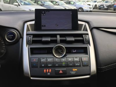 Lexus NX 300h 2WD Pack - <small></small> 26.500 € <small>TTC</small>
