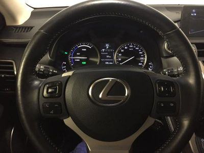 Lexus NX 300h 4WD Luxe - <small></small> 31.900 € <small>TTC</small>