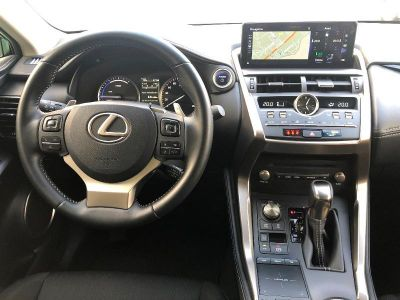 Lexus NX 300h 4WD Luxe - <small></small> 39.900 € <small>TTC</small>