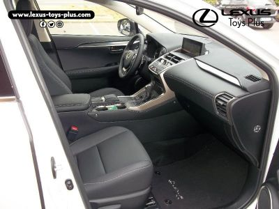 Lexus NX 300h 4WD Pack Business Euro6d-T - <small></small> 39.900 € <small>TTC</small>