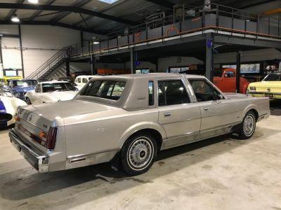 Lincoln Town Car 4.6 V8 SEDAN - <small></small> 9.900 € <small>TTC</small> - #10