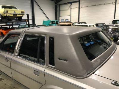 Lincoln Town Car 4.6 V8 SEDAN - <small></small> 9.900 € <small>TTC</small> - #26