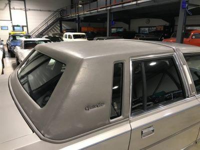 Lincoln Town Car 4.6 V8 SEDAN - <small></small> 9.900 € <small>TTC</small> - #27