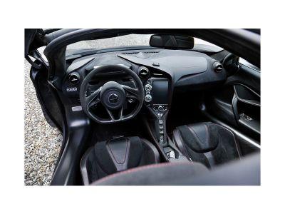 McLaren 720S 720S - <small></small> 218.000 € <small>TTC</small>